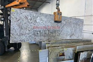 Typhoon Bordeaux Granite 79