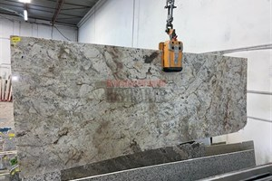 Typhoon Bordeaux Granite 109