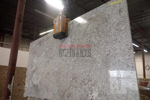 Typhoon Bordeaux Granite 76