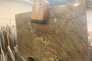Crema Bordeaux Granite 43
