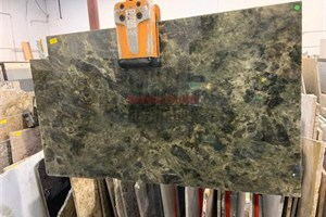 Green Labradorite Granite 54